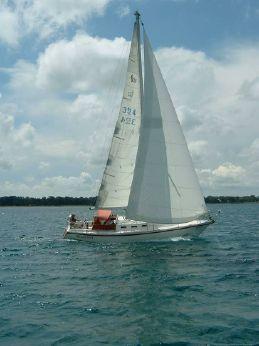 1986 Canadian  Sailcraft CS 33