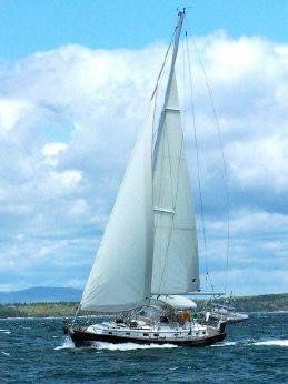 2004 Passport Yachts 470 CENTER COCKPIT