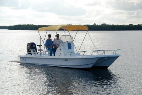 2015 Twin Vee Bay Cat 22