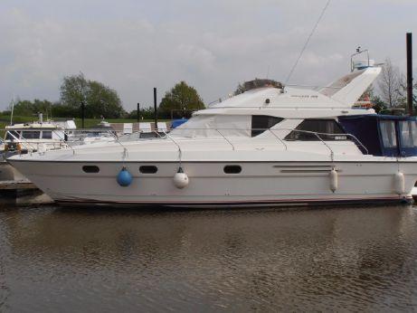 1990 Princess 388