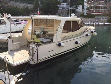 2011 Greenline Hybrid 33