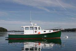 2005 Holland 32 Downeast Hardtop Cruiser