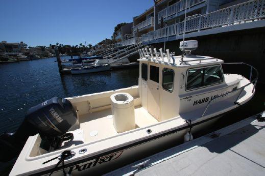 2012 Parker 2120 Sport Cabin