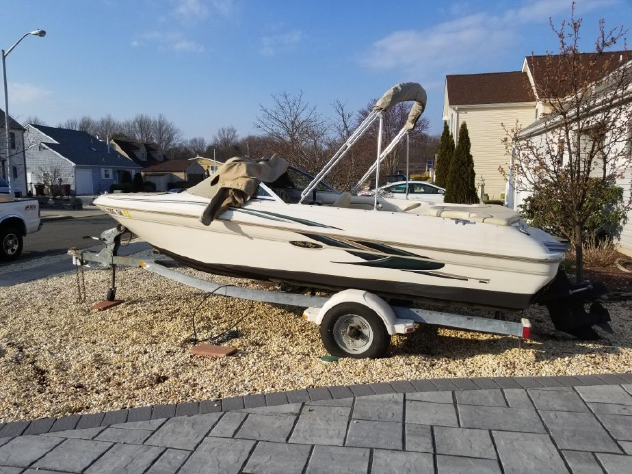 2001 Sea Ray 180 Bow Rider Power Boat For Sale - www yachtworld com