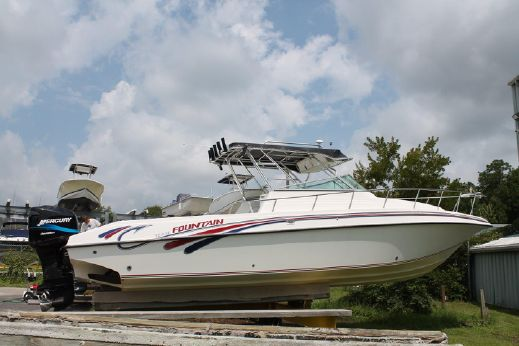 2000 Fountain 31 Express SportFish