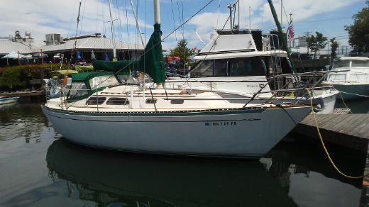 1977 Islander Yachts