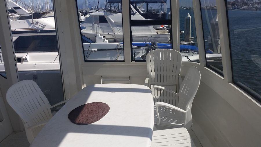 Carver 564 Cockpit Motoryacht for sale in Long Beach CA