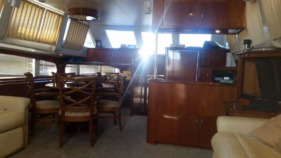 Carver 564 Cockpit Motoryacht for sale in Southern California