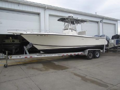 2006 Pursuit 2570 Center Console