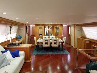 thumbnail photo 0: 1987 Broward Pilot House Motor Yacht