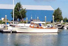 1984 Dyer 29 Bass Boat