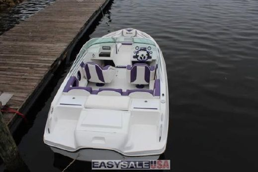 2015 Adrenalizer Boats 19 Bow Ridder
