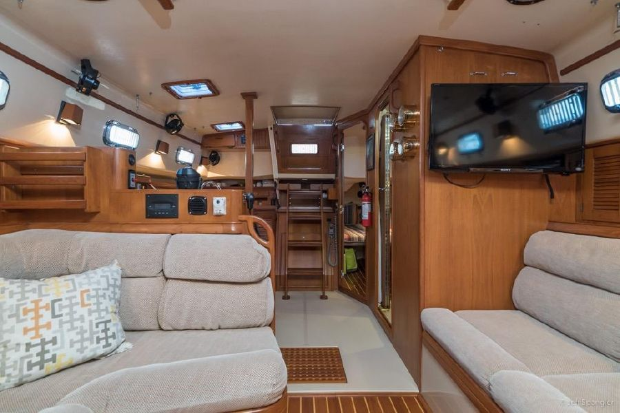 Island Packet 45 Sailboat for sale