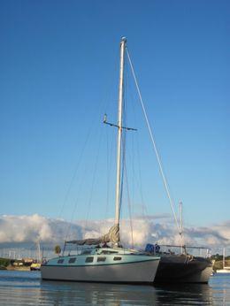 1990 Catamaran 38