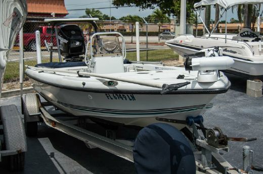 2000 Action Craft 1600 Escape TE