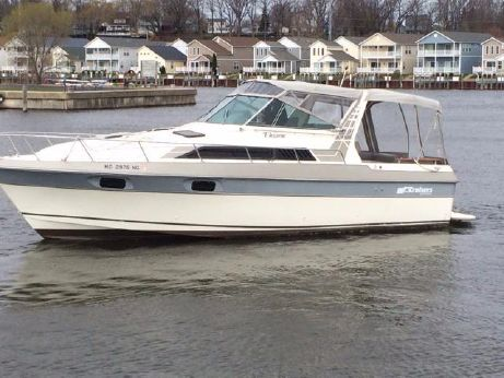 1987 Cruisers Yachts 2970 Esprit