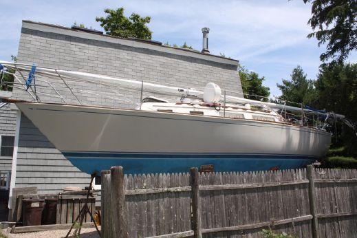 1984 Sabre Yachts 30