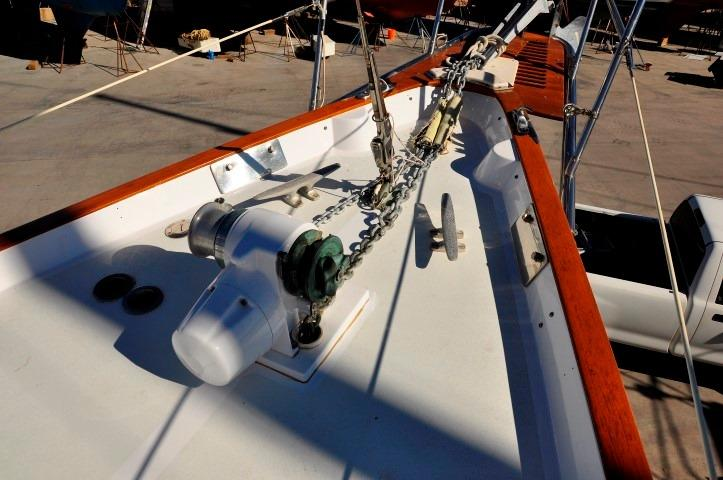 42' Whitby 42 Ketch+Photo 43