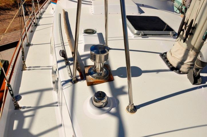 42' Whitby 42 Ketch+Photo 48