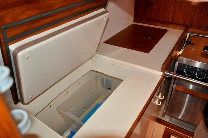 42' Whitby 42 Ketch+Aft Cabin