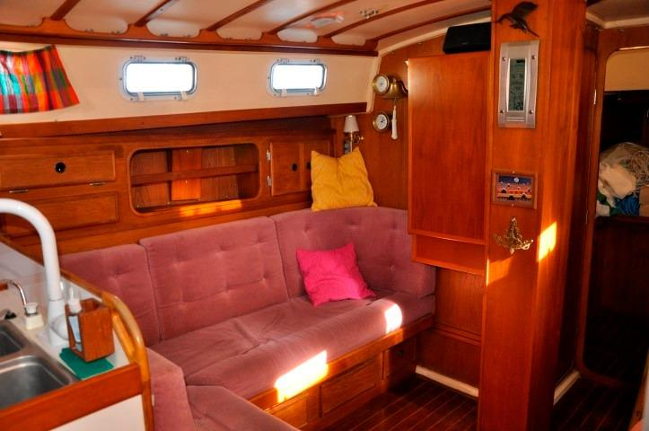 42' Whitby 42 Ketch+Photo 14