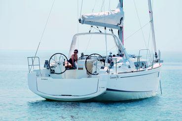 2017 Beneteau Oceanis 35.1