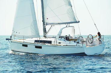 2020 Beneteau Oceanis 35.1