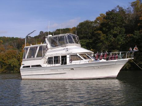 1987 Vista 38 Motor Yacht