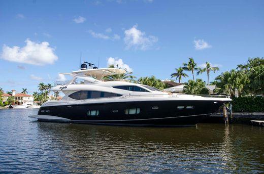 2014 Sunseeker 88 Yacht