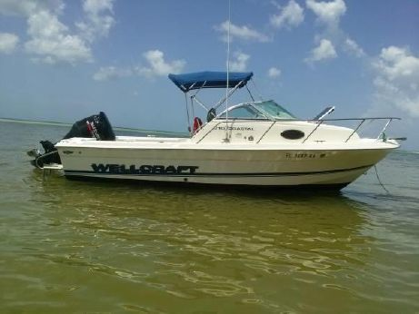 1997 Wellcraft Coastal 210