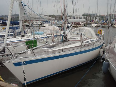 1997 Sweden Yachts 390