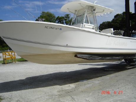 2004 Regulator 26 Center Console