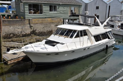 2005 Meridian 490 Pilothouse