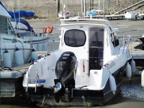 2007 Ultramar 700