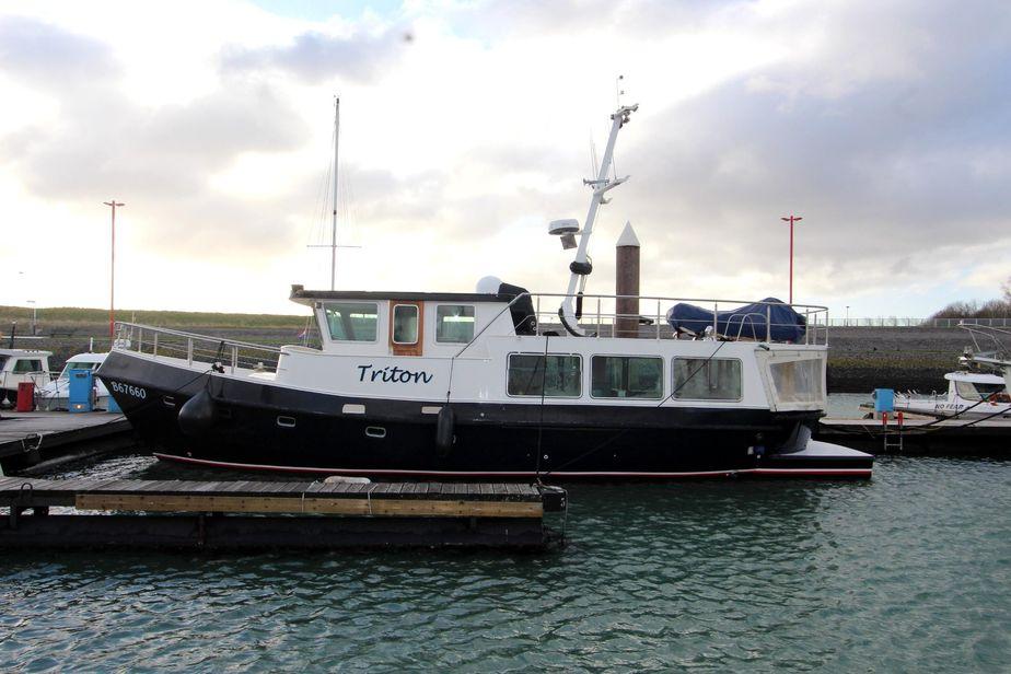 1992 custom dutch steel trawler