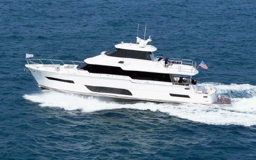 2015 Horizon Cockpit Motor Yacht