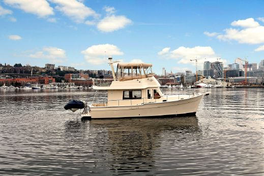 2008 Mainship 34 Trawler
