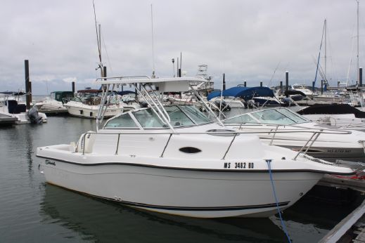 2000 Seaswirl Striper 2100 Walkaround O/B