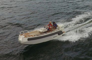 2020 Tender Marine Dynamics Xplorer