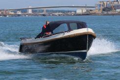 2015 Interboat Intender 700
