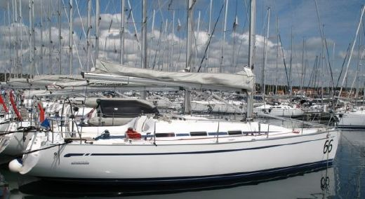 2005 Bavaria 42 Match