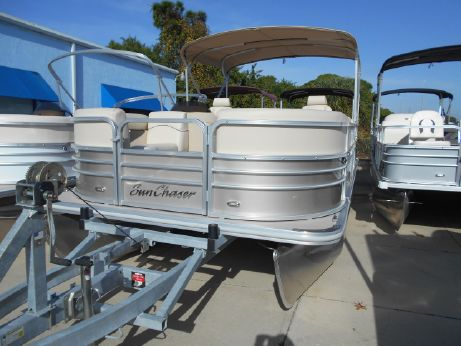 2017 Sunchaser Classic Cruise 8520 Lounger DH