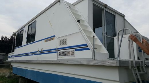 2001 Catamaran Cruisers 35 aqua cruiser