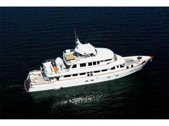2005 Crystal Super Yachts