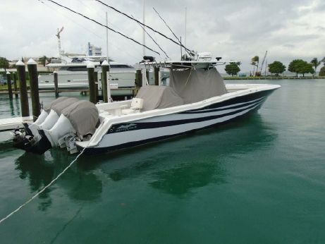 2014 Invincible 42 Open