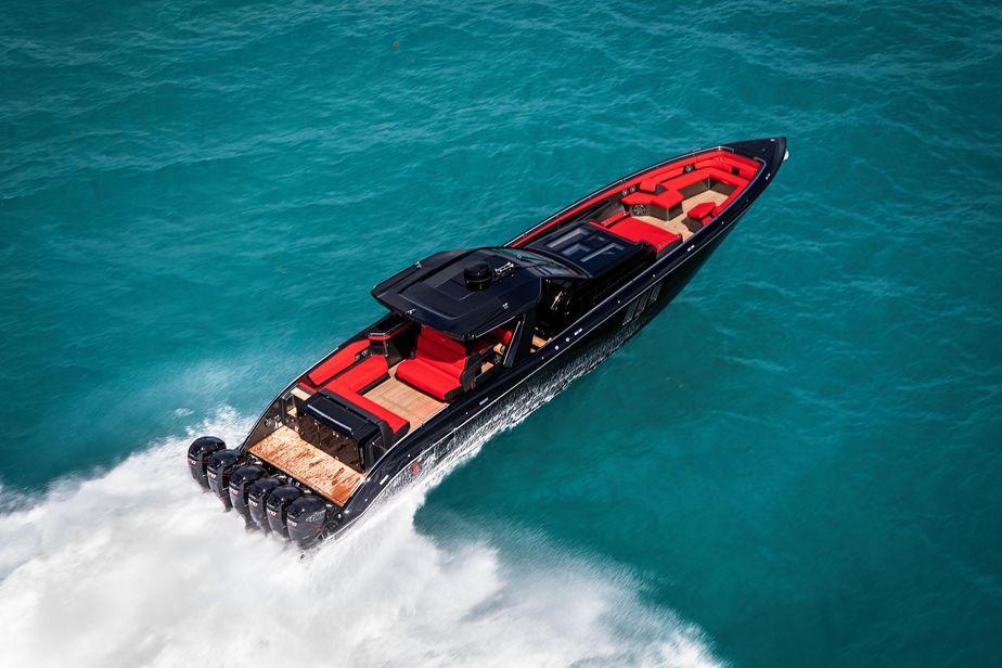2019 Cigarette 59 Tirranna Power Boat For Sale Www Yachtworld Com