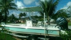 2006 Scout Boats 220 Bay Scout