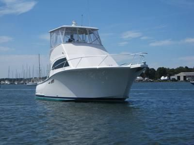 2008 Luhrs Convertible Flybridge
