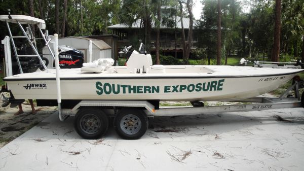 21 ft 2002 hewes redfisher