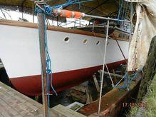 1937 James Silver Motor Yacht